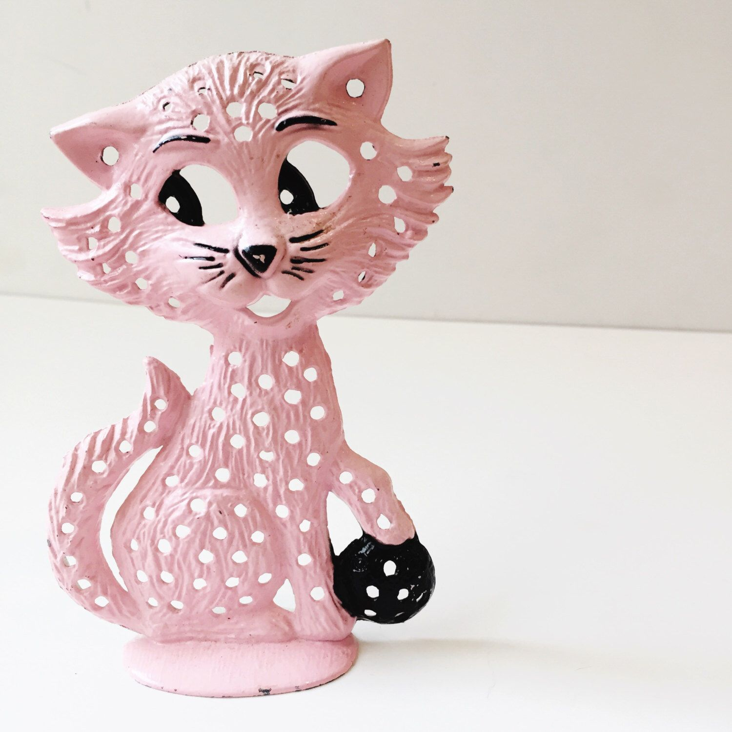 A Personal Favorite From My Etsy Shop Vintage Pink Cat Earring Holder