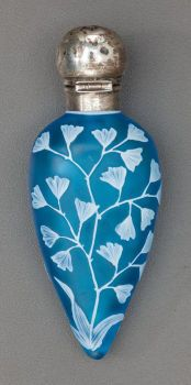 Art Glass:Webb, THOMAS WEBB BLUE OVERLAY GLASS FLORAL PERFUME VIAL WITH WILLIAMSTRINGER MILLS SILVER MOUNTS. Circa 1884-1885, Marks to silv...