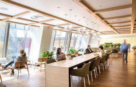 Qantas Opens New Los Angeles Business Lounge Lounge Interiors Modern Office Decor Office Interior Design