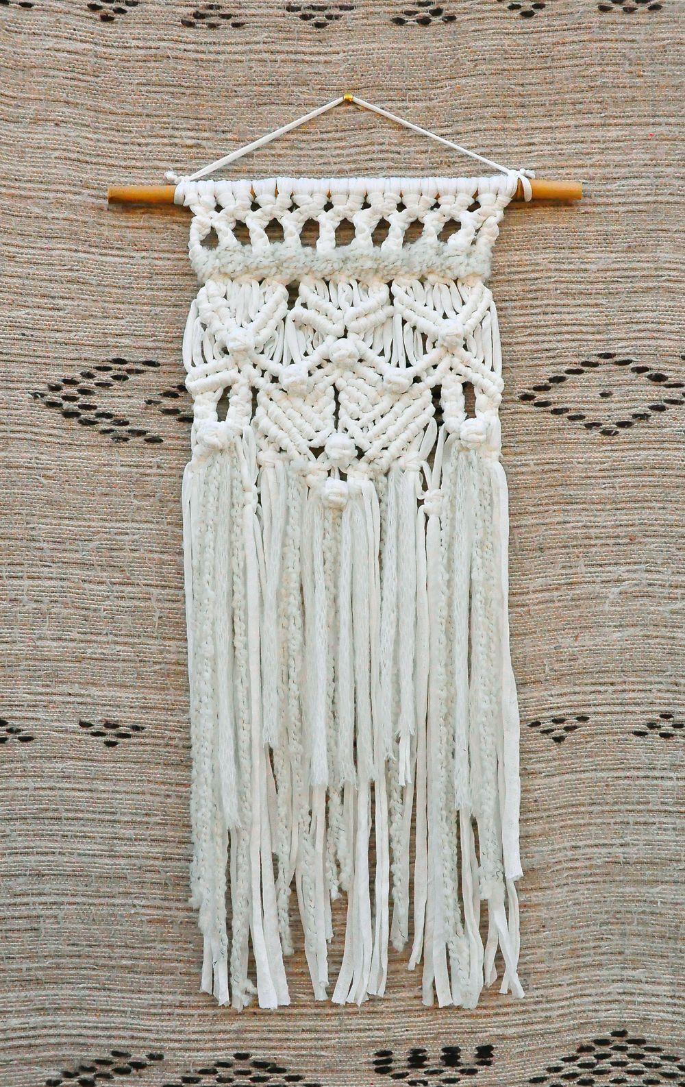 tentures murales en macram r alis en trapilho blanc avec laine cru macrame fait main pour. Black Bedroom Furniture Sets. Home Design Ideas