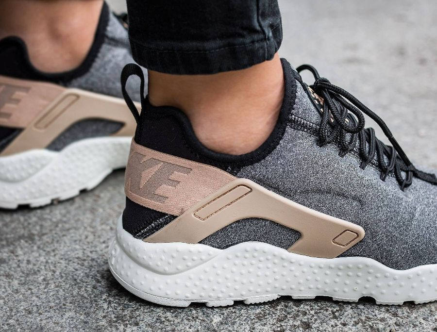 reputable site c13b2 2d88d chaussure-nike-air-huarache-ultra-laine-grise-pour-femme-3 | Things ...