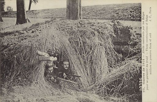 Shelter built by Belgian troops to protect them from the cold, World War I, 1914. © lookandlearn / Elgar Collection