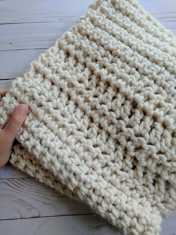 Crochet Pattern Infinity Scarf | The perfect beginners crochet ...