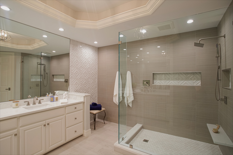 Swfl Bathroom Remodel Bathrooms Remodel Remodel Renovations [ 4078 x 6117 Pixel ]