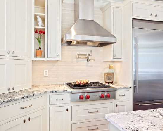 White Kitchen Design Like The Handles Home Ideas Pinterest Delectable Backsplash For Bianco Antico Granite Decor
