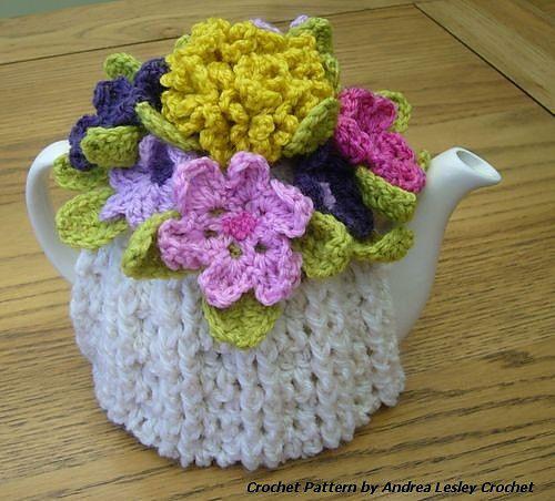 Flower Tea Cosy pattern by AndreaLesley Crochet | Teteras