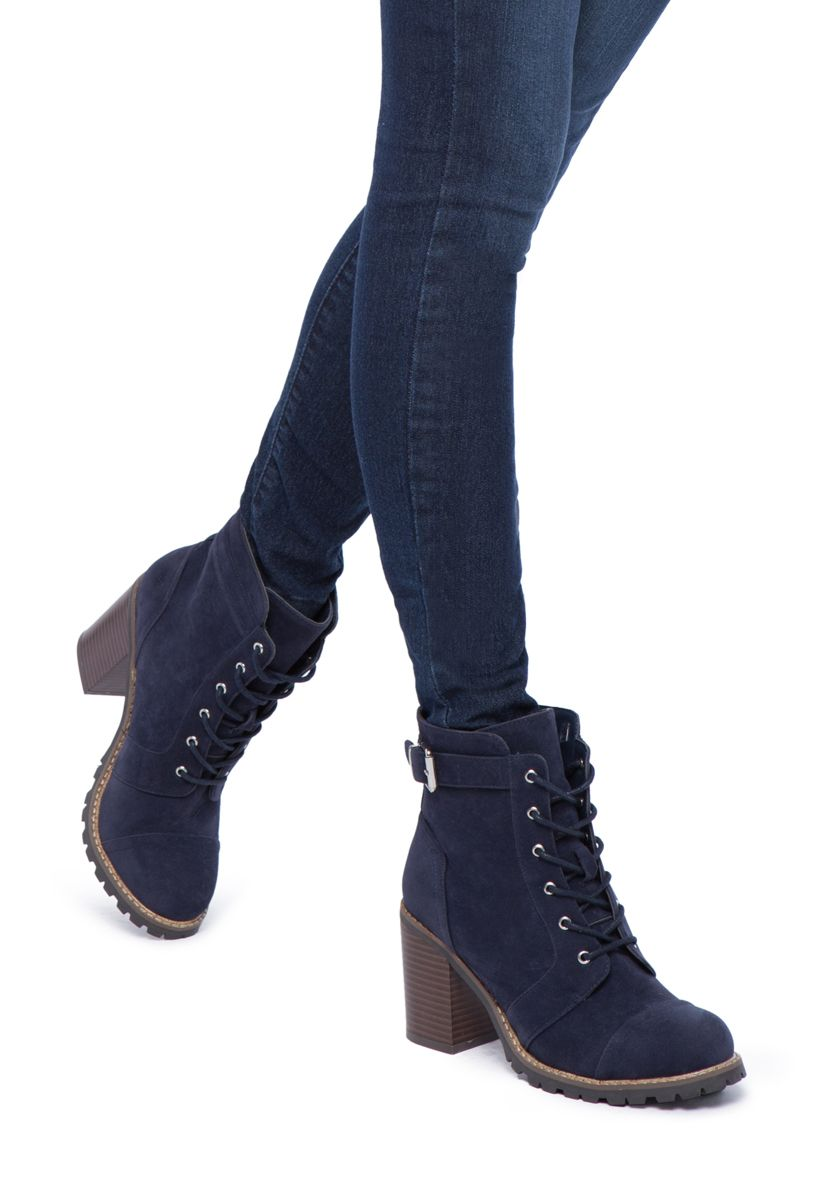 Carryn Lace-up Bootie