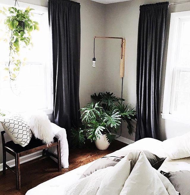 44++ Black bedroom curtains information