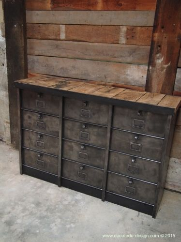 ancien grand meuble 12 casiers industriel strafor plateau chene massif industrial industrial. Black Bedroom Furniture Sets. Home Design Ideas