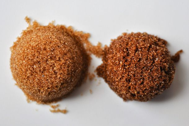 What S The Difference Between Light And Dark Brown Sugar Dark