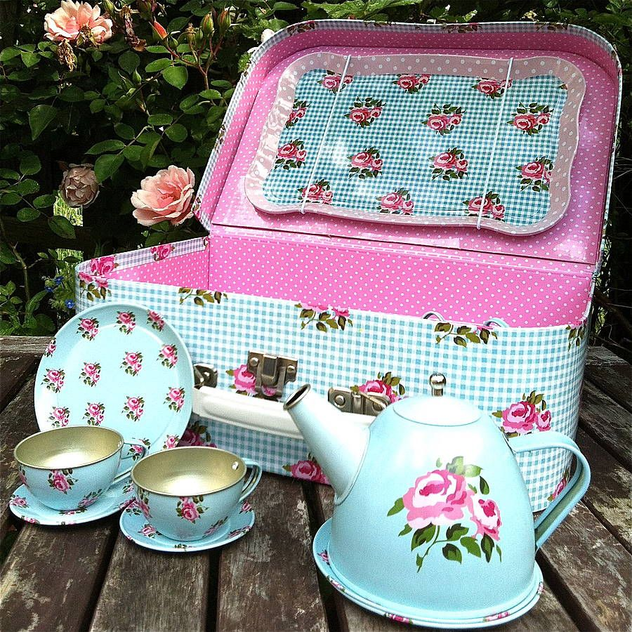 children 39 s retro rose floral tea set by the little picture company. Black Bedroom Furniture Sets. Home Design Ideas