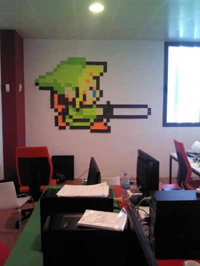 Link made out of Post-Its