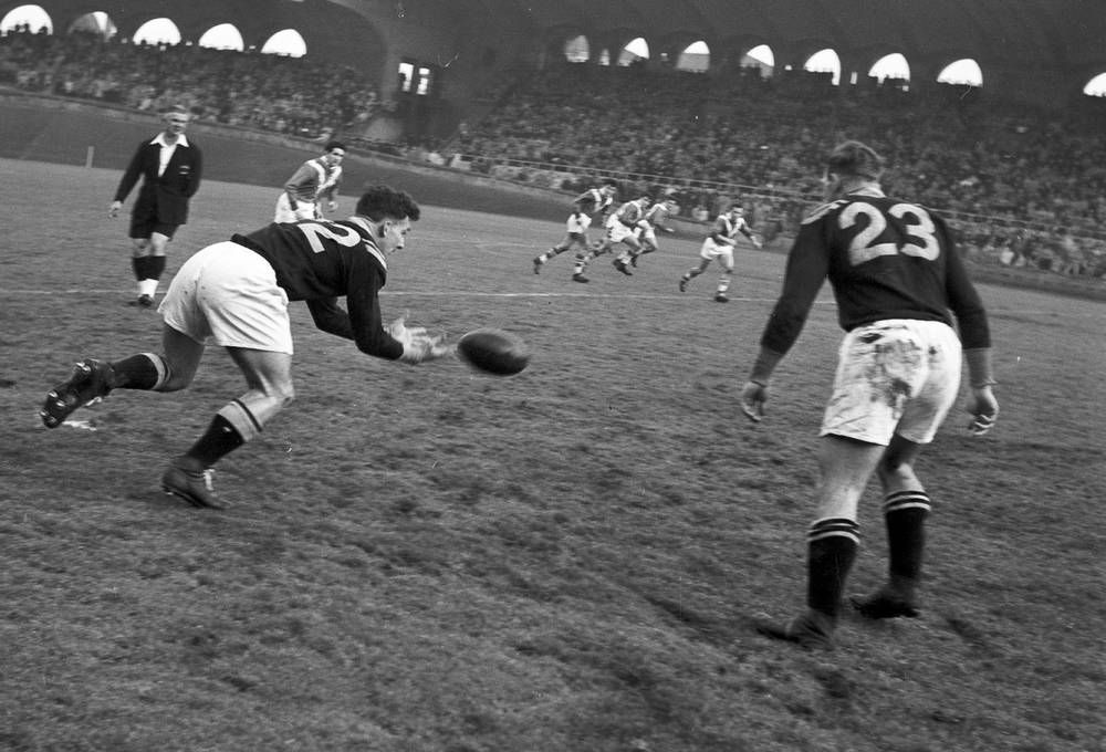 Rugby France Contre Nouvelle Zelande En 1951 Photo Et Tableau Editions Limitees Achat Vente Photo Rugby Rugby Match De Rugby