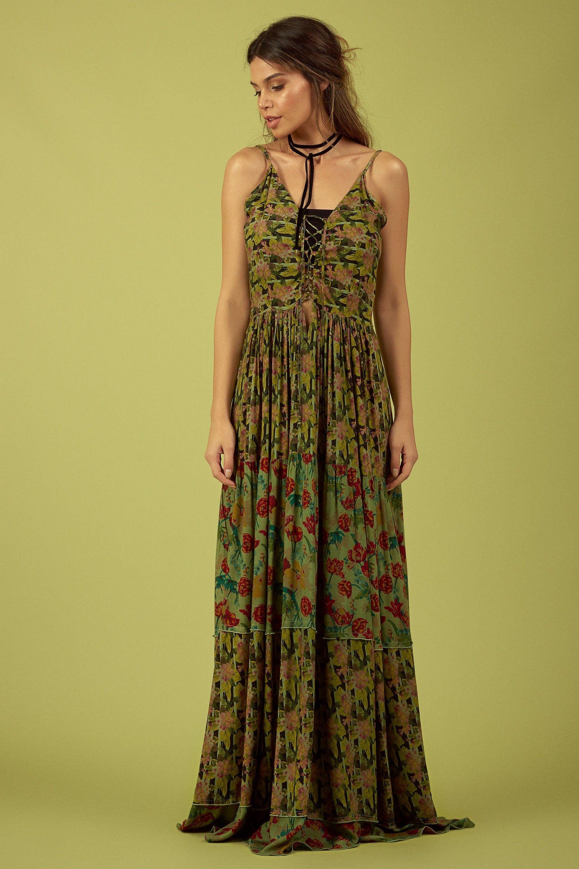 Look vestido longo verde