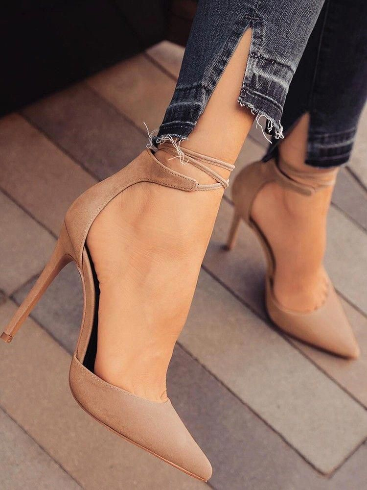 Large size females's shoes utilized to