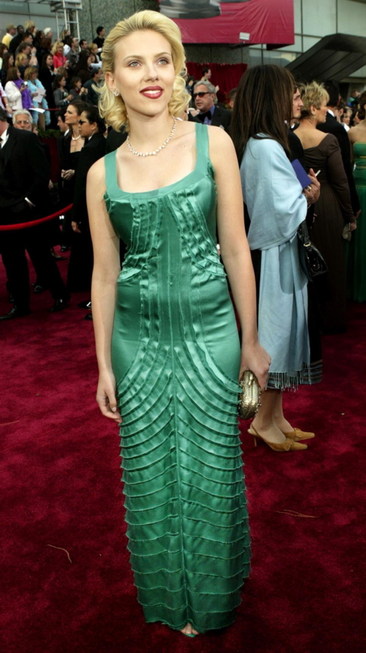 Best Oscar dresses of all time | Green satin, Scarlett johansson and ...