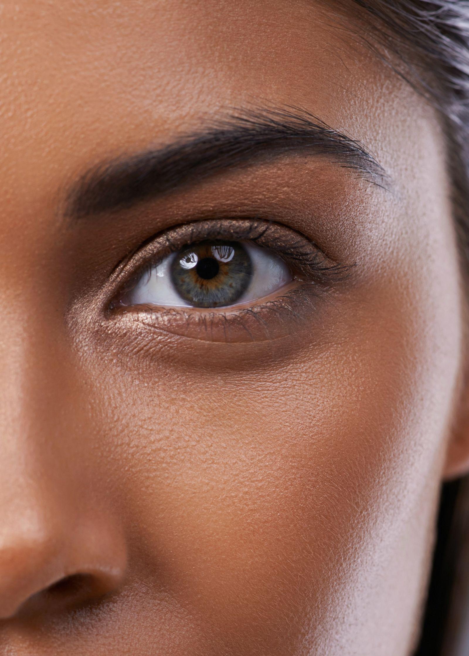15 Ways to Get Younger-Looking Eyes ASAP   Sunken eyes ...