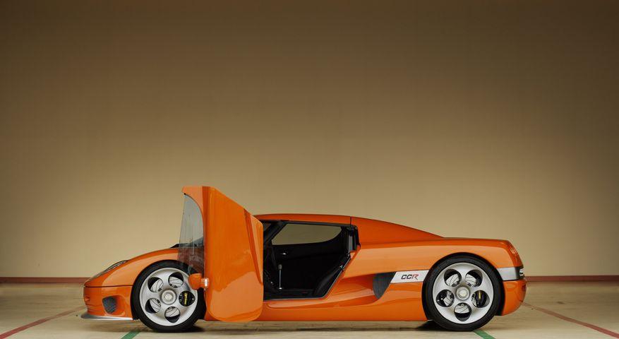 Koenigsegg CCR dihedral synchro-helix actuation doors. & Koenigsegg CCR dihedral synchro-helix actuation doors ...