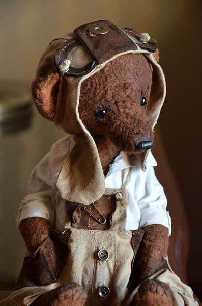 Teddy bear Marcus By Evgeniya Sidorenko - Bear Pile