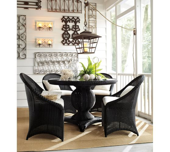 Palmetto All Weather Wicker Round Pedestal Dining Table U0026 Chair Set   Black