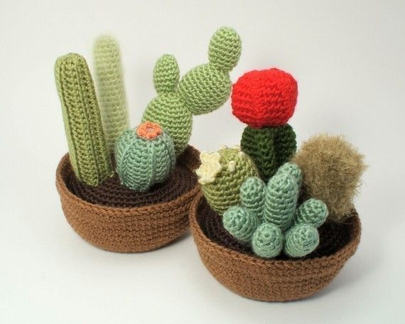 Amigurumi Cactus Crochet Pattern : Pdf cactus collections eight realistic potted plant crochet
