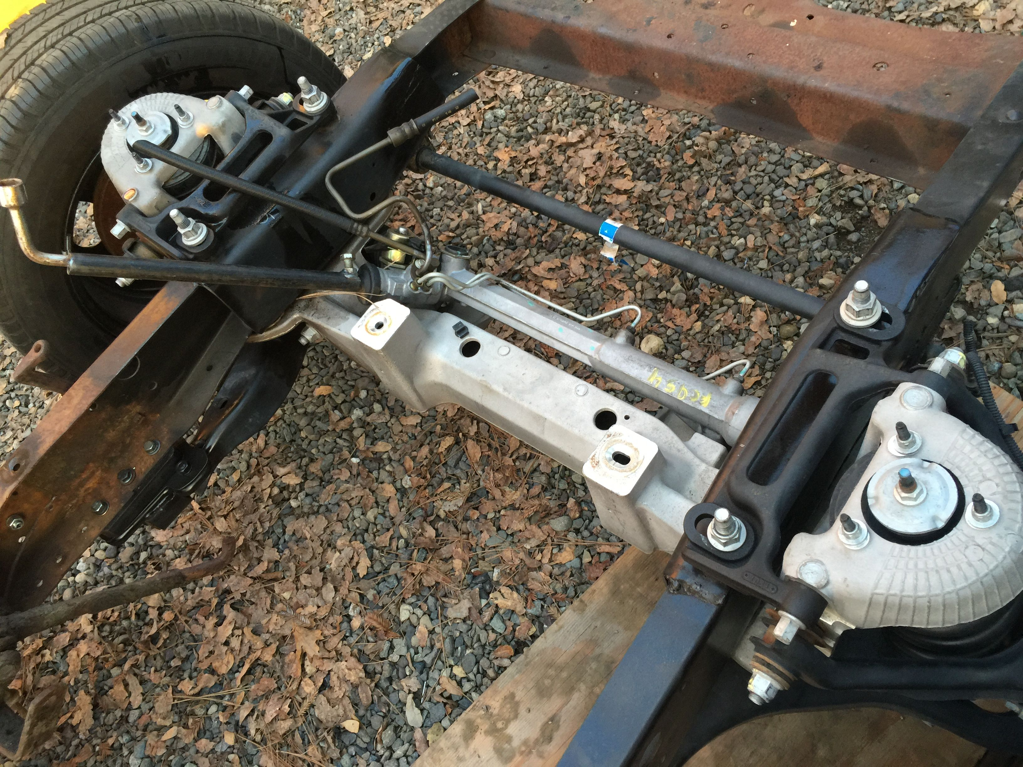 Crown Victoria Police Interceptor suspension | components and body