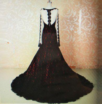 Stunning Gothic Redblack Wedding Gown Long Sleeves Wedding
