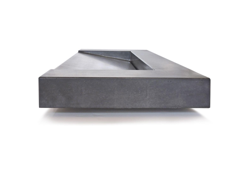 die besten 20 betonwaschbecken ideen auf pinterest minimal house falsche holzfliesen und. Black Bedroom Furniture Sets. Home Design Ideas
