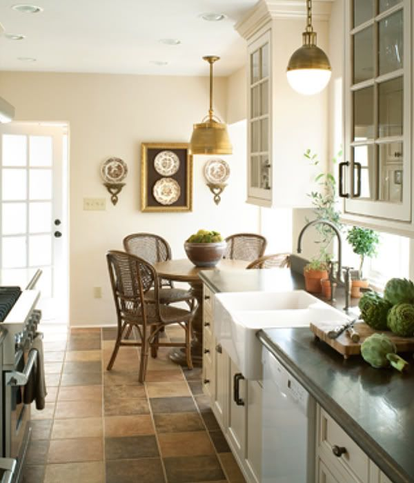 Small Cottage Kitchen Makeovers To Create Warmth Amy Layered Natural Materials Ranging In