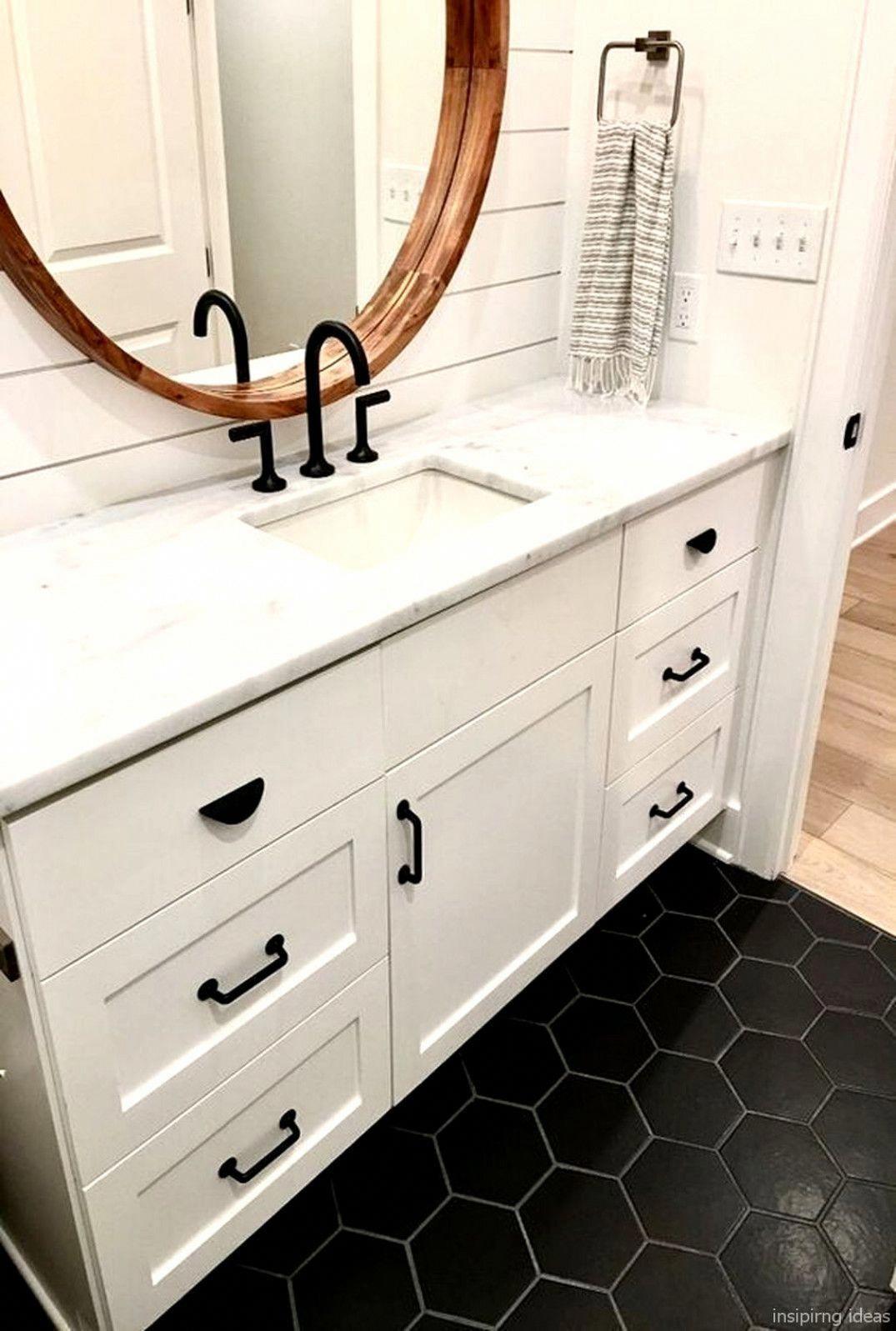 32 Awesome Modern Farmhouse Bathroom Vanity Ideas Kitchenremodelcost Modernhomedecorbathroom Badezimmer Design Badezimmer S Badezimmer Klein