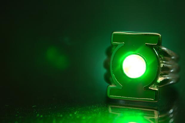 con luz Anillo Linterna Verde