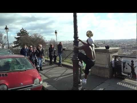 Iya Traore - Incredible Football Free-Style Skills in Paris at the top of Montmartre (HD) - http://sport.linke.rs/football/iya-traore-incredible-football-free-style-skills-in-paris-at-the-top-of-montmartre-hd/