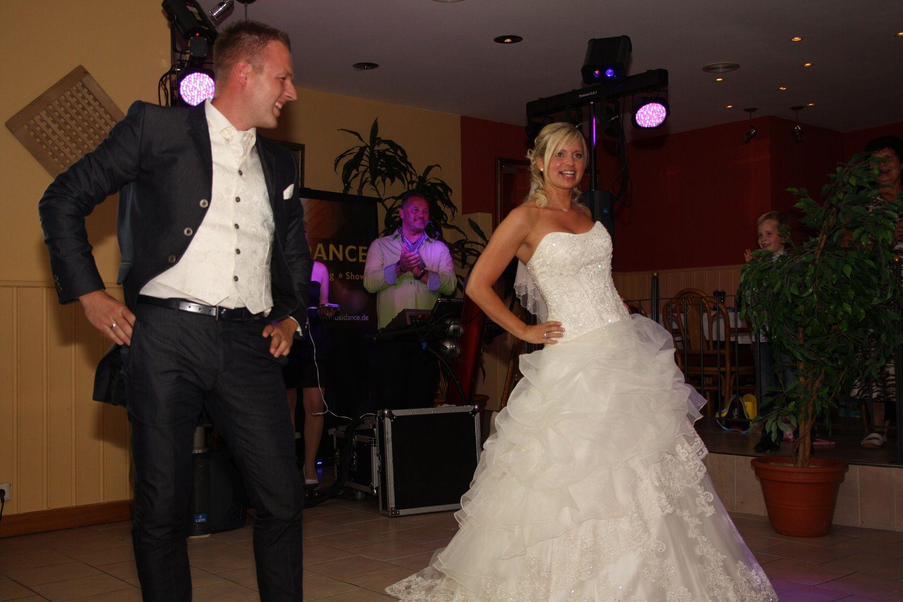So Feiert Ihr Eine Romantische Hochzeit Zu Zweit Desired De