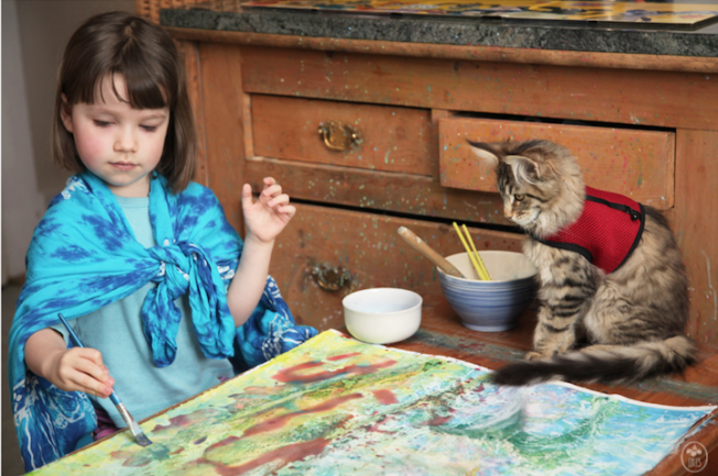 irisgrace,Girl artist, who lives in the UK with his parents and Thula cat, creates works that have been compared to impressionist paintings of Monet, by collectors around the world
