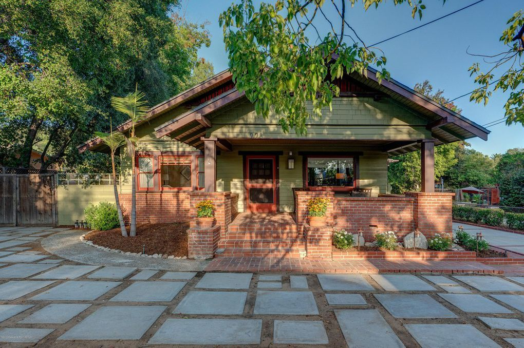 This Charming Bungalow Pool Home Reminds All Who Enter Of The Beauty Of The Early 1900 Craftsman Architecture That Pasadena Wooden Front Doors Patio Front Door