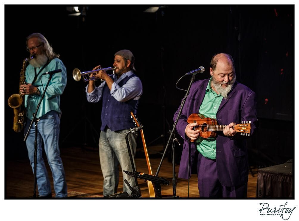 @shinyribs shinyribs! Shinyribs!  Such a great. Ugh this with some great folks.  Never get tires of talking music with Kevin!  #txms #SwampPop