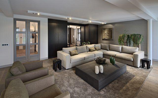 Luxe woonkamer inrichting met design meubels | woonkamer ideeën ...