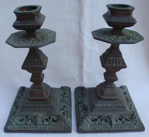 Candlesticks & Candle Snuffers - VINTAGE - FABULOUS PAIR OF SOLID BRASS ROCOCO CANDLESTICKS - WITH AGE PATINA - GENUINE COLLECTABLE!! for sale in Durban (ID:189560861)
