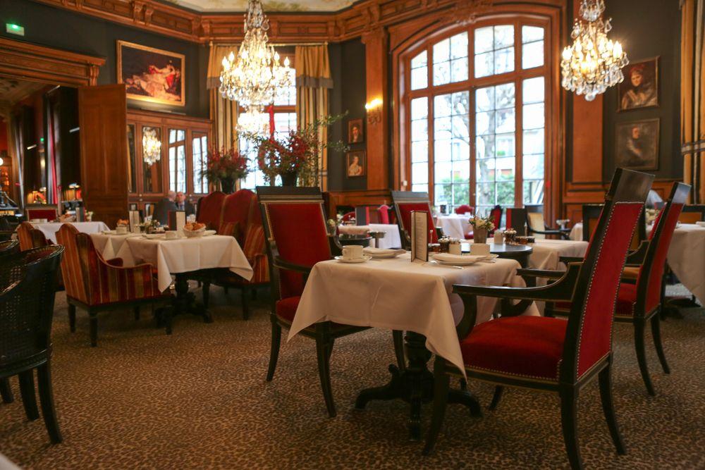 Leopard Carpet Makes The Classic Dining Room Feel Modern  Saint Classy Classic Dining Rooms Decorating Design