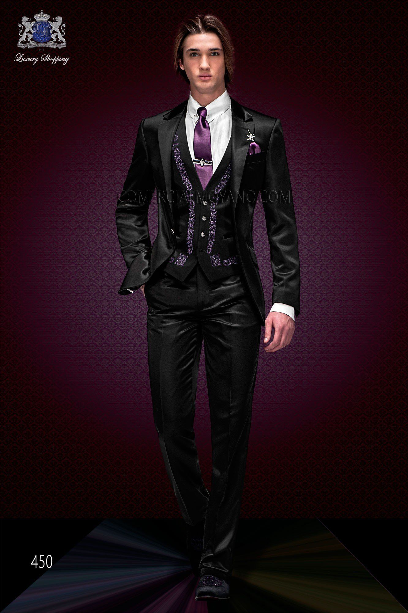 Anzug Mode. Schwarzen Anzug mit exklusiven italienischen Gericht ...