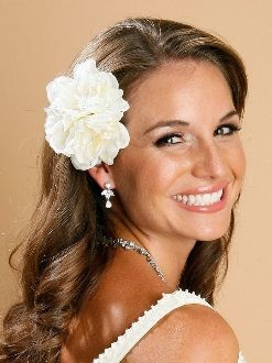 "Mariell's beautiful Ivory Gardenia cluster Hair Clip is a top-selling bridal hair accessory. This silk Gardenia cluster is an elegant floral accent to any wedding hairstyle. This gorgeous flower cluster is 4"" round and looks great worn alone or with one of Mariell's fabulous wedding veils."