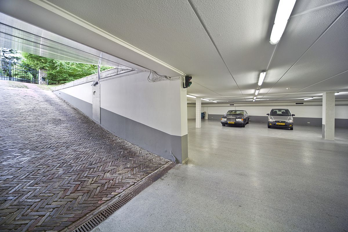 Residential Underground Garage Plan Decoredo Garage Design Garage House Underground Garage