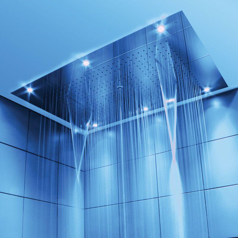Soffione doccia per installazione ad incasso a for Arredamento accessori