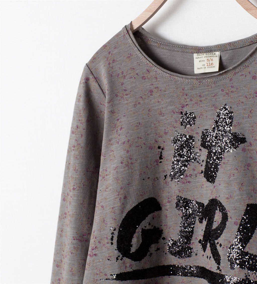 """Imagem 3 de T-SHIRT COM FLORES """"IT GIRL"""" da Zara"""