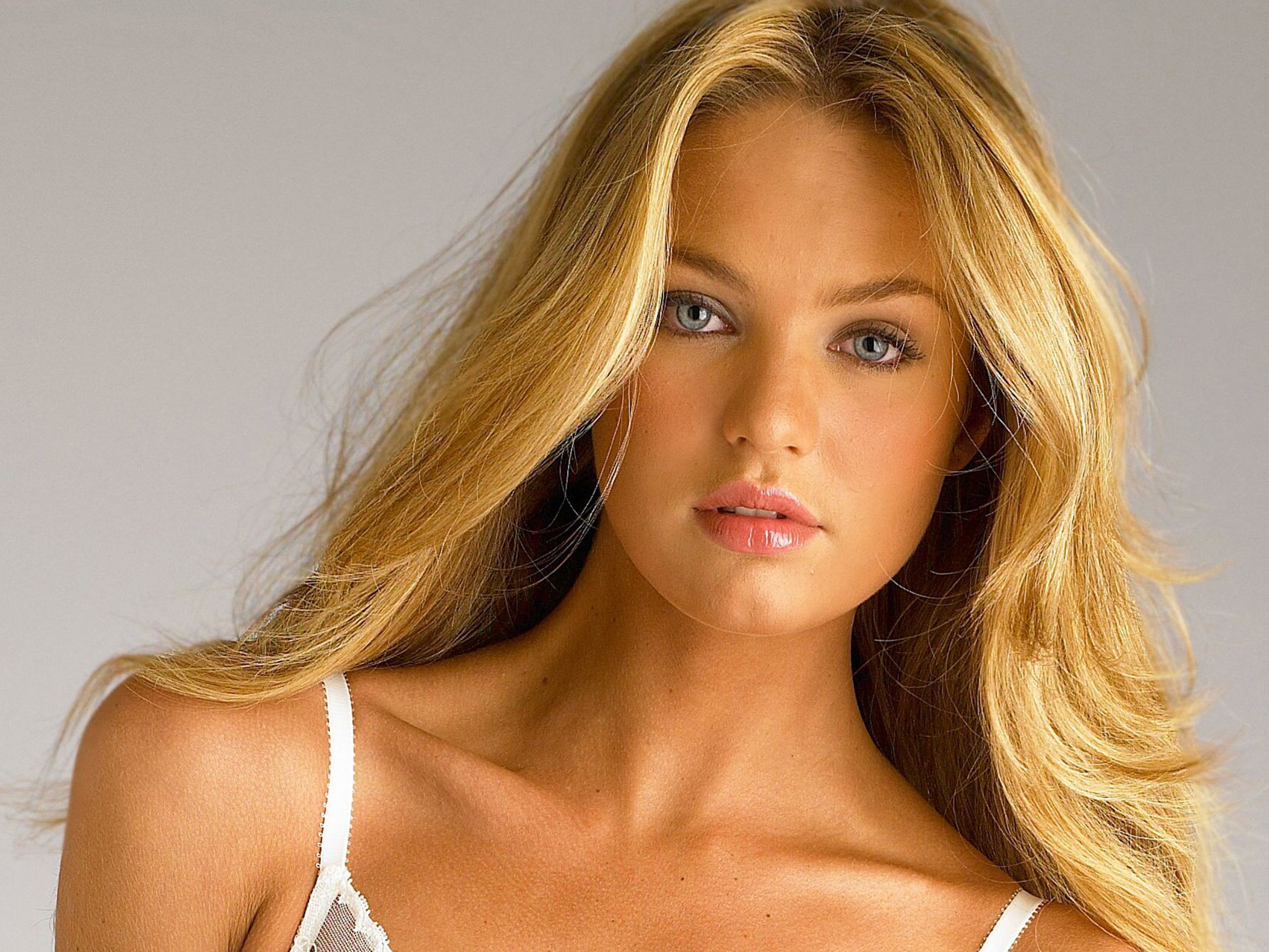 candice swanepoel celebrity faces - photo #17