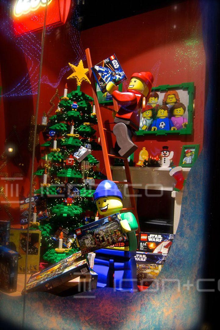 christmas seasonal display specialist bespoke props decorations