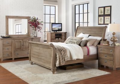 Summer Grove Gray Nightstand Rooms To Go Bedroom King Bedroom Sets King Size Bedroom Furniture Sets