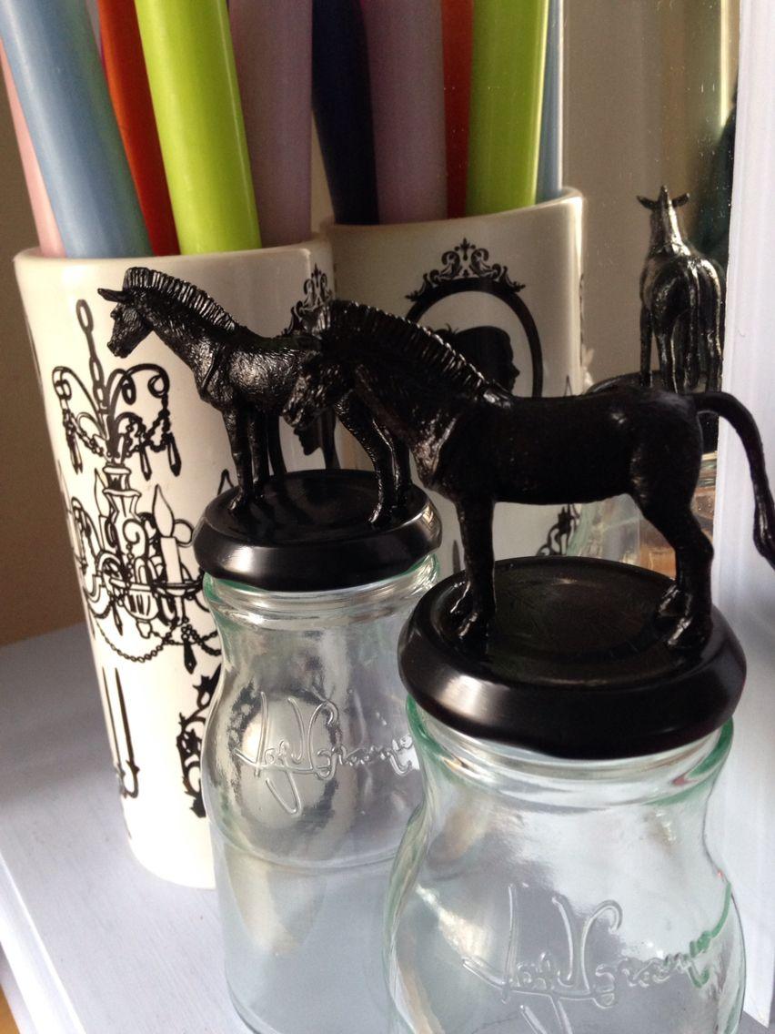 Horse jars