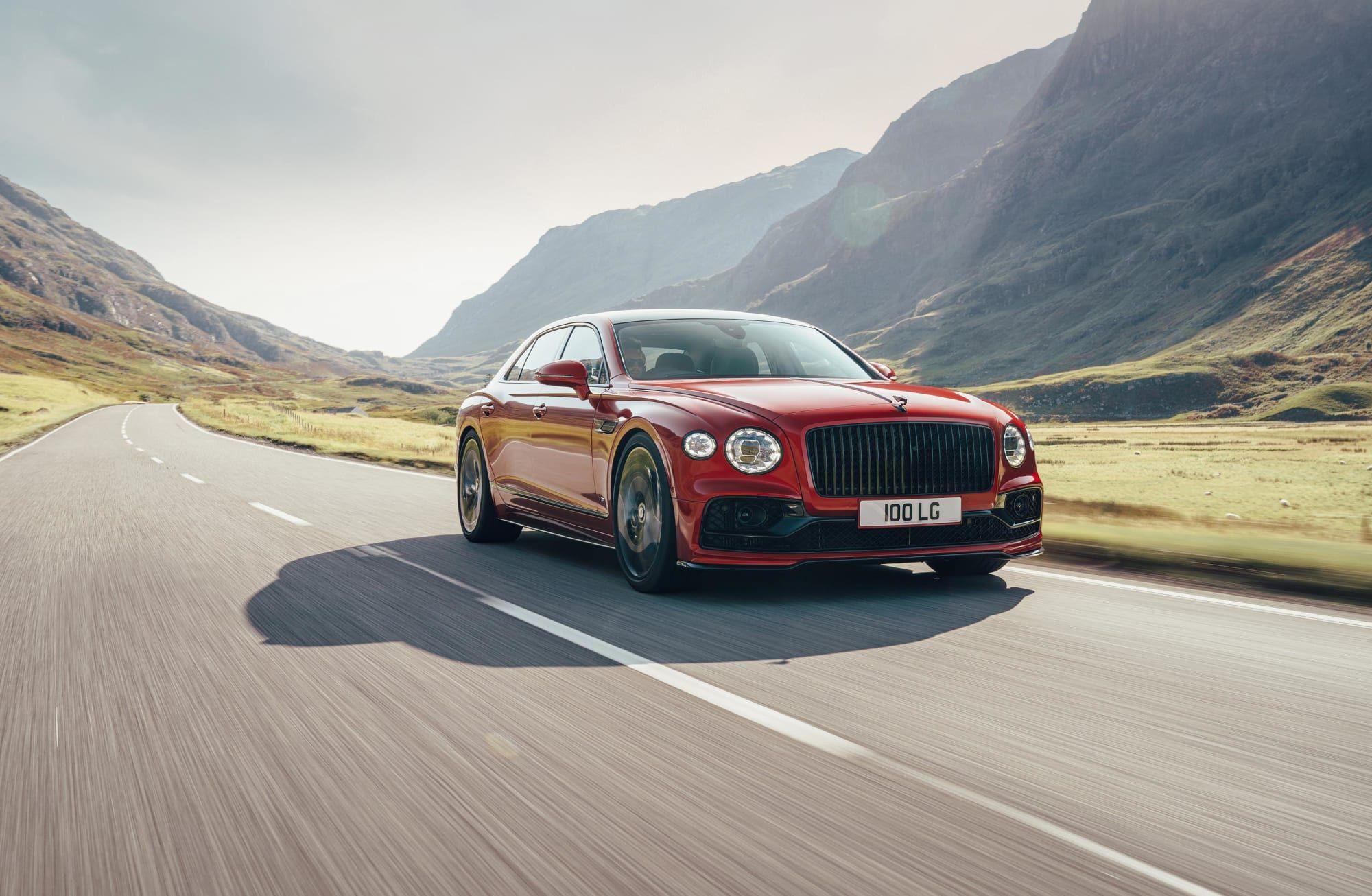 Bentley Unleashes The 2021 Flying Spur V8 Super Sedan Bentley Flying Spur Flying Spur Bentley