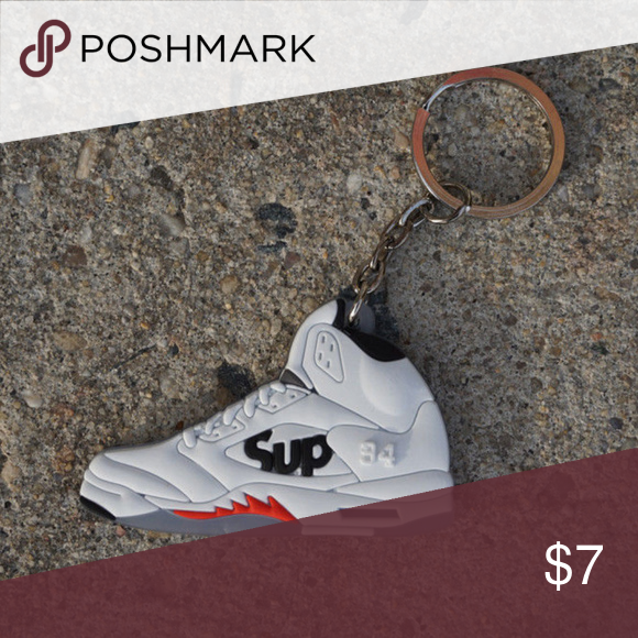 16548a88309a Jordan Retro 5 Supreme White Shoe Keychain •Item is 2D and one sided
